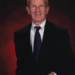 Head shot of Dr. Herb Hooper – longtime faculty member